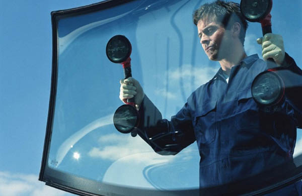We Safely Replace Windshields & Auto Glass